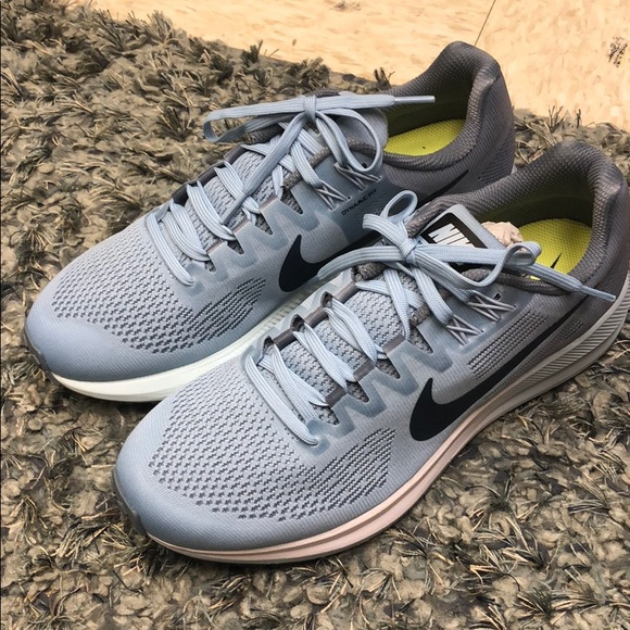 afed5a1b7139c Nike Zoom Structure 21 Women s size 10. M 5ab160a436b9de0407c5fee6
